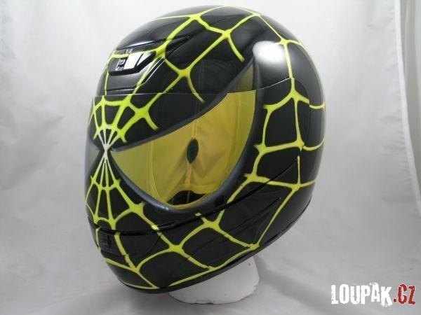 OBRÁZKY - helmy na motorku