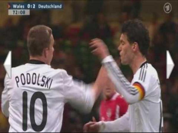 Facka na fotbale - Podolski vs. Ballack