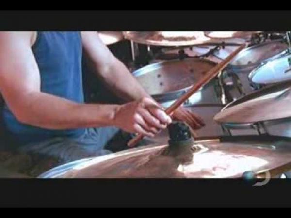 Světový rekord - bubeník Mike Mangini