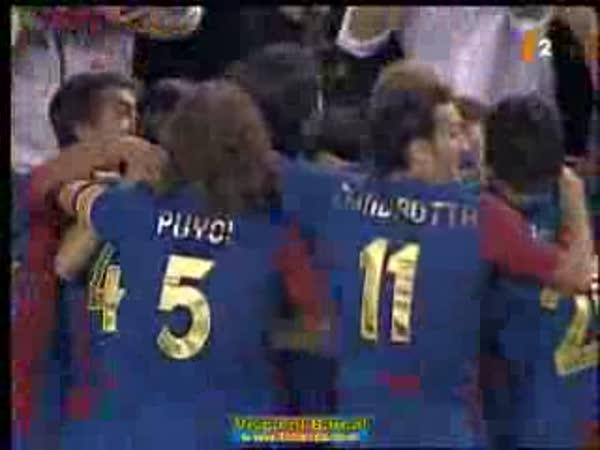 Ronaldinho - krásný gól z přímého kopu