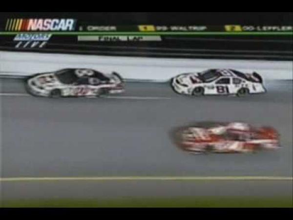 NASCAR - nehody [kompilace]