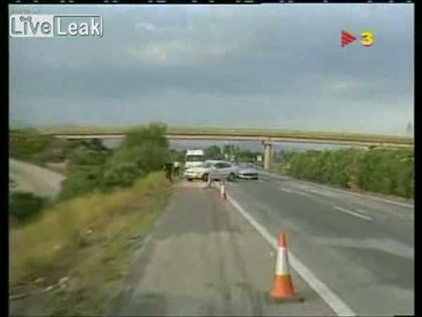 Štěstí v neštěstí na dálnici