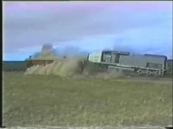 Crash testy - vlaky II. [kompilace]