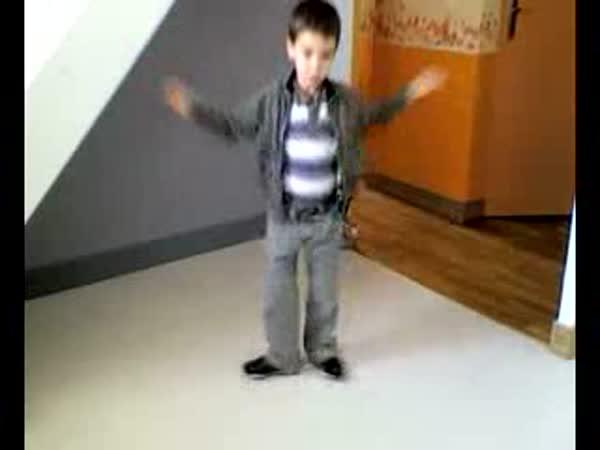 Malý disco tanečník