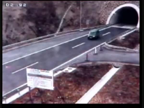 Proč jsou dálnice nebezpečné