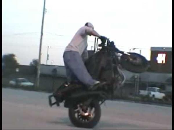 Machýrci na motorkách - nehody