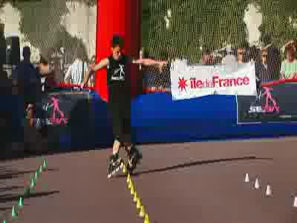 Paříž - Slalom na in-line bruslích