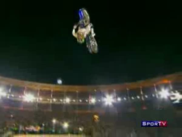 FreeStyle Motocross - ošklivá nehoda