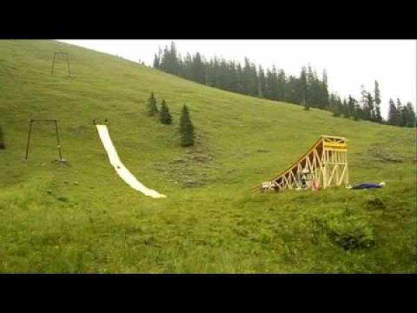 Vodní skluzavka a skok - Bruno Kammerl