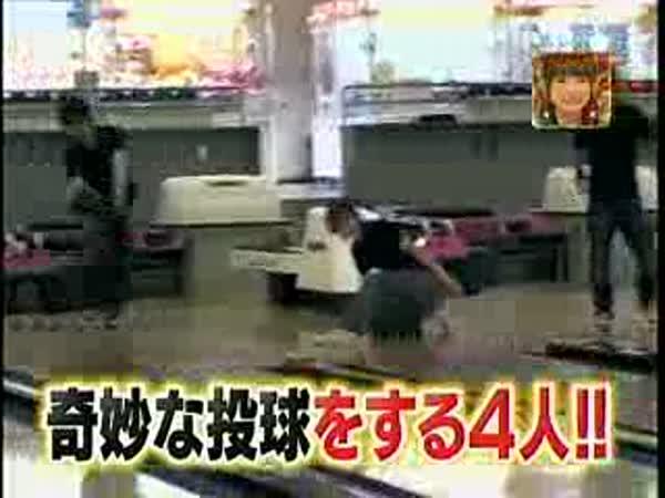 Bowling - japonské triky [kompilace]