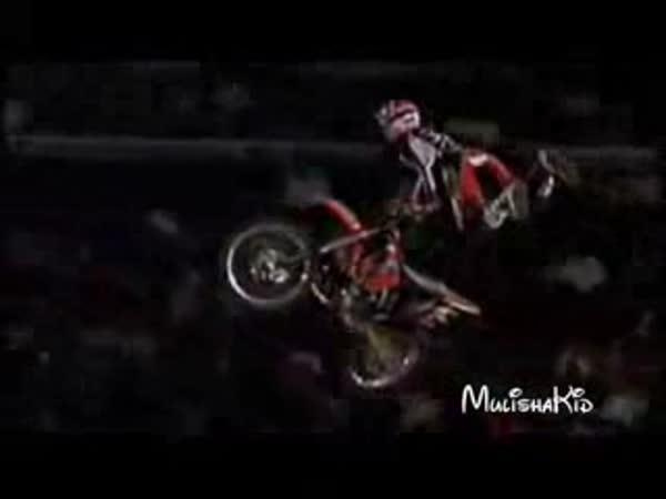 Freestyle Motocross - triky [kompilace]