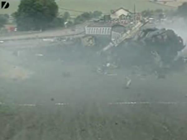 Crash test - nehoda vlaku ve 160 km/h