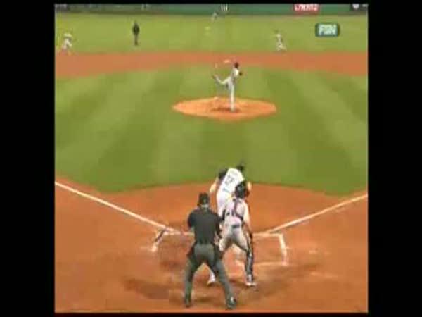 Baseball - Skvěle chycený míček