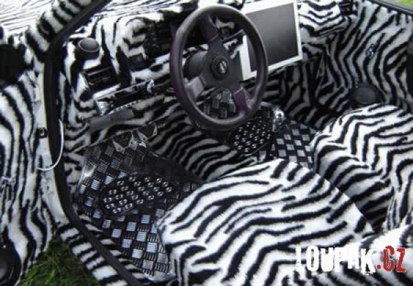 OBRÁZKY - Originální interiéry aut
