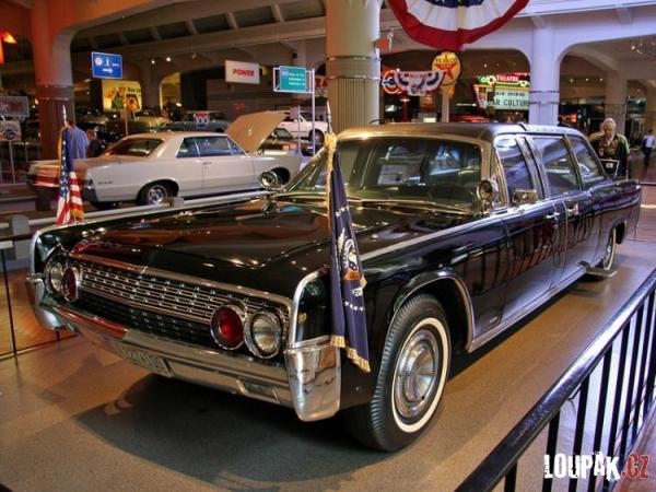 OBRÁZKY - Muzeum Henryho Forda