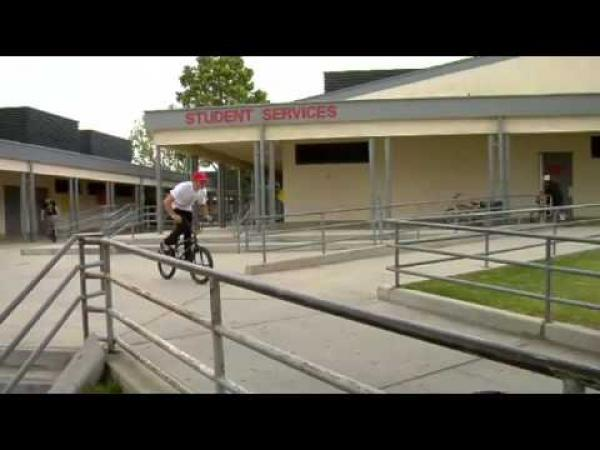 BMX - nehody a pády [kompilace]