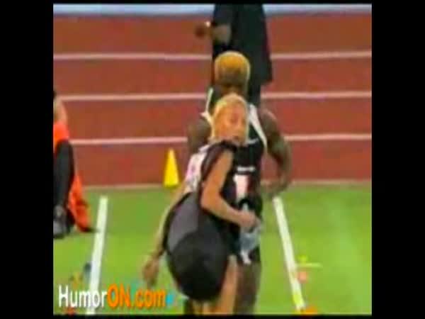 Atletika - srážka sportovců