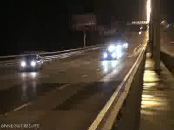Rusko - šílená jízda po dálnici