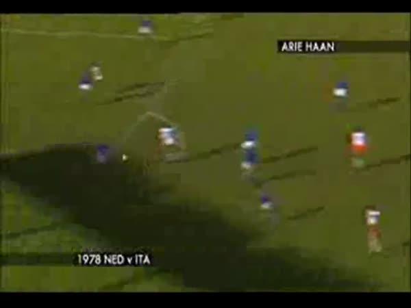 TOP 10 - Fotbal - Góly z velké vzdálenosti
