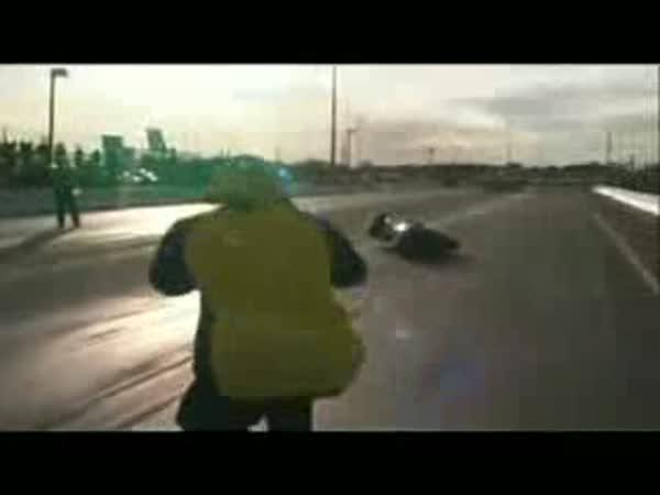 Motorkáři - nehody [kompilace]