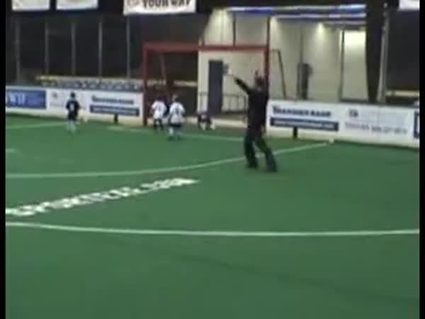 Fotbal - Dětský vlastní gól