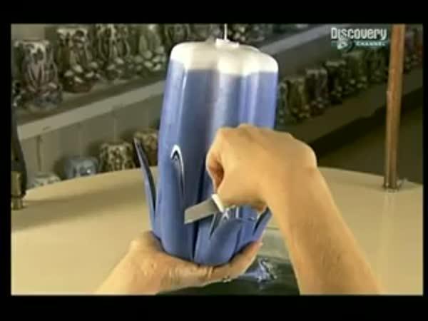 Jak se dělají vyřezávané svíčky