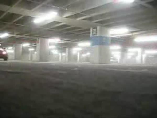 Dováděním v podzemních garážích
