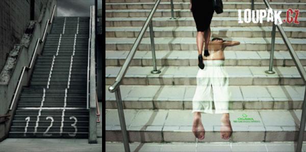 OBRÁZKY -Originální reklamy na schodech
