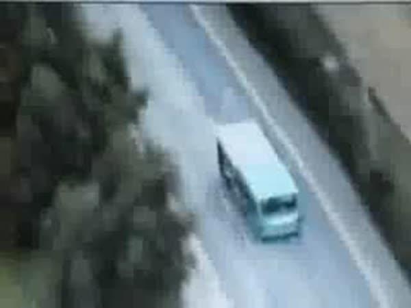 USA - Chlapík ukradl autobus