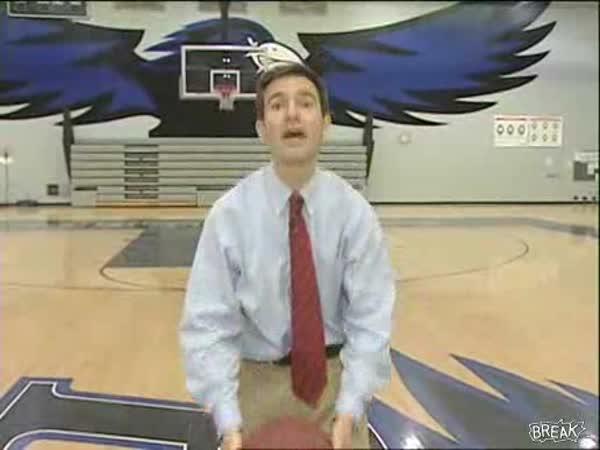Borec - Basketbalový koš reportéra
