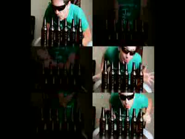 Mozart - hudba na láhve od piva