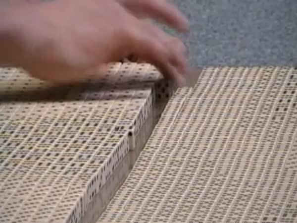 Mozaika z hracích kostek