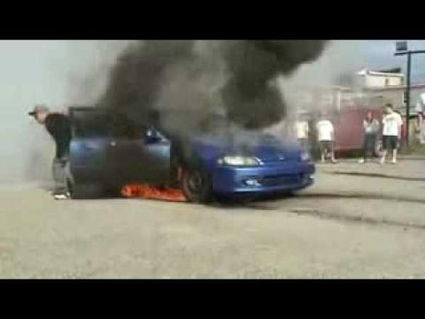 Honda Civic - Nepovedený burnout