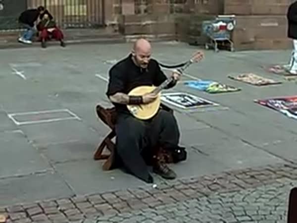 Borec - Bezdomovec - skvělý zpěvák