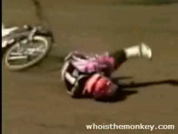 Plochá dráha - splašená motorka