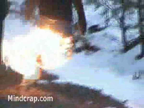 Idiot - Hrátky s ohněm