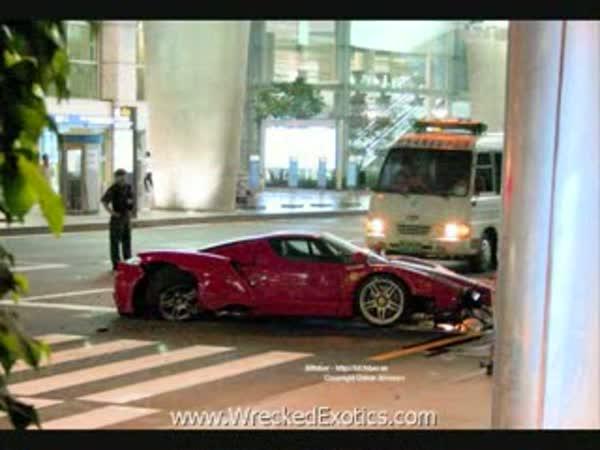 TOP 10 - Nehody luxusních aut