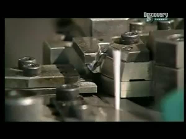 Jak se dělají zubní kartáčky