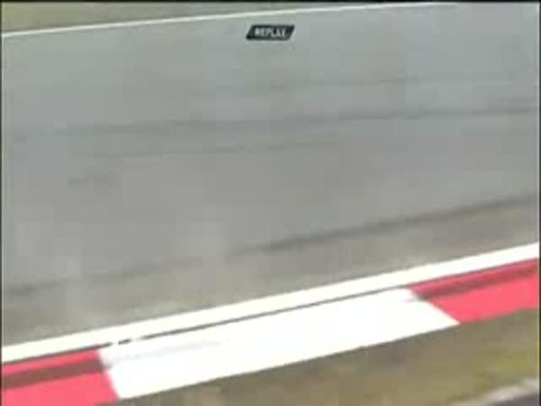 Formule 1 - Nehoda - Utržená přední kola