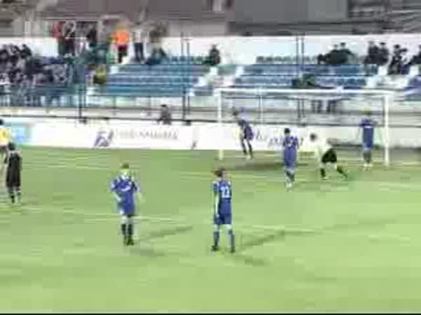 Fotbal - Nepříjemná oslava gólu