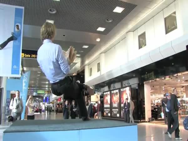 Levitace na letišti