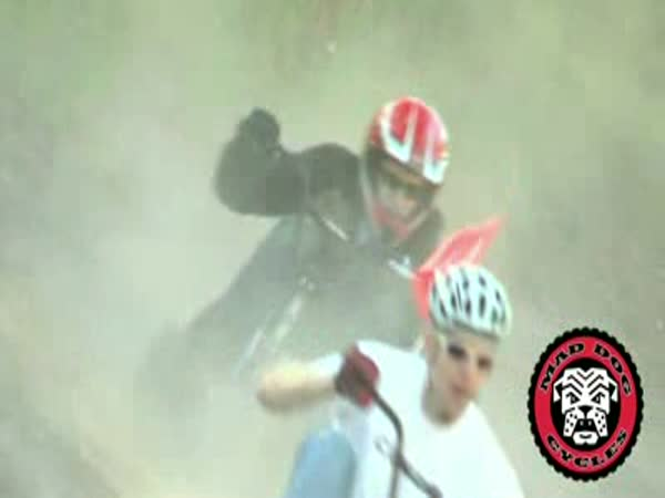 Adrenalinová jízda na tříkolce
