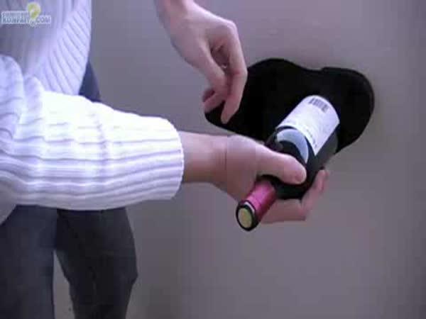 NÁVOD - Jak otevřít víno bez vývrtky 2