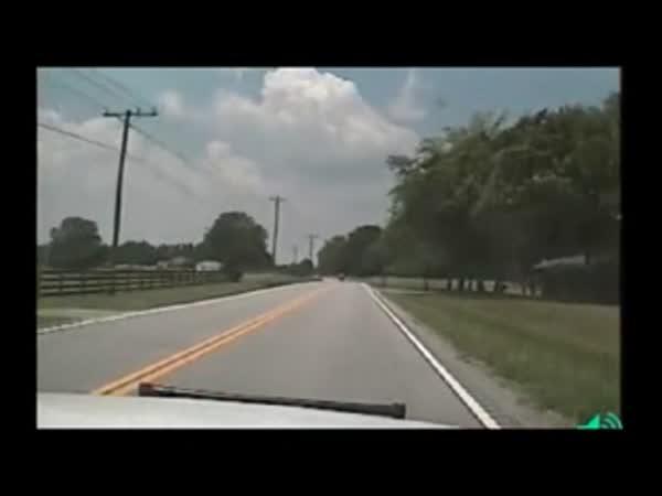Motorkář vs. Policie - těžká nehoda