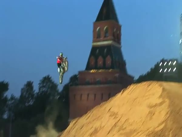 Moskva - Red Bull X-Fighters 2010
