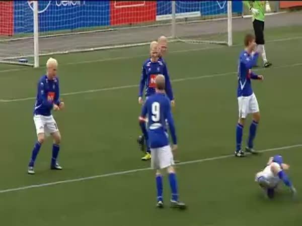 Fotbal - Originální oslava gólu 3.