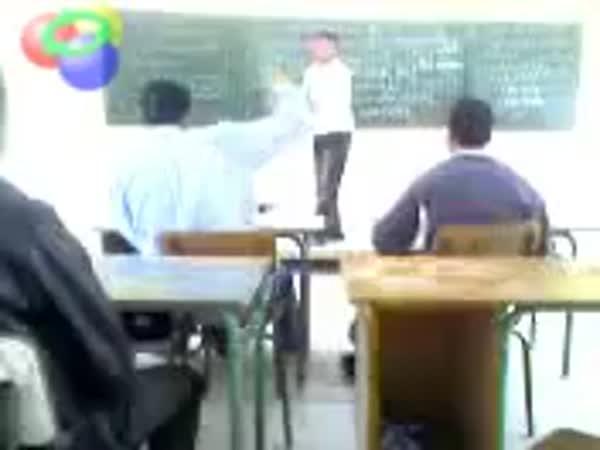 Když učiteli rupnou nervy