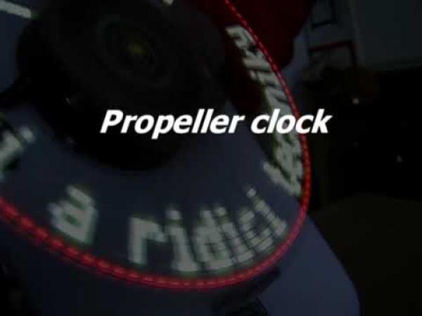 Propeller clock - Rotační LED displej