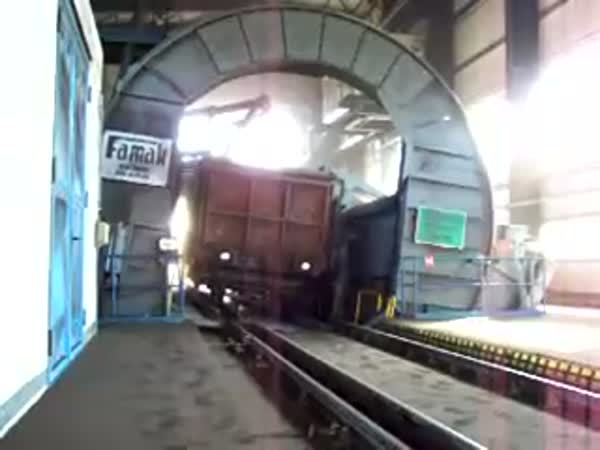 Jak se vykládá uhlí z vagónu