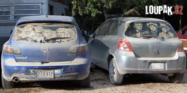 OBRÁZKY - Malování na špinavá auta